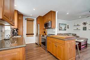 More Details about MLS # 200000565 : 3800 KENDALL ST 2