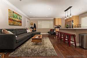 More Details about MLS # 190055464 : 4132 CAMPUS AVE APT 8