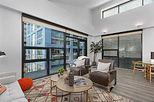 MLS # 200050732 : 350 11TH AVE 922