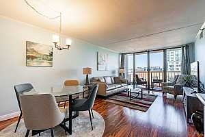 MLS # 200054603 : 1514 7TH AVE 605