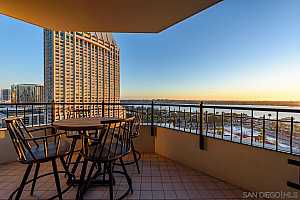 MLS # 200052980 : 700 W HARBOR DR 1503