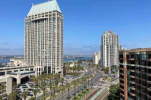 More Details about MLS # 210020192 : 500 W HARBOR DRIVE 1322