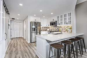 More Details about MLS # 210022925 : 555 FRONT ST 301