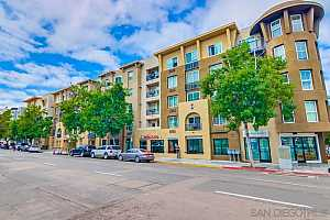 More Details about MLS # 210023795 : 1970 COLUMBIA ST 304