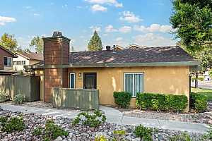 More Details about MLS # 210024430 : 10693 CAMINITO DERECHO