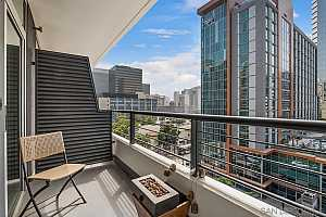 More Details about MLS # 210026017 : 425 W BEECH ST 803