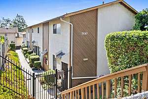 Browse active condo listings in OAK PARK TOWNHOMES