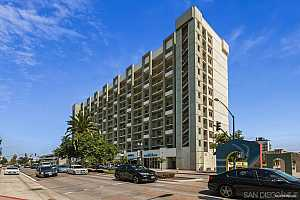 Browse active condo listings in BAYVIEW TOWER