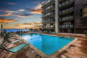 Browse active condo listings in CROWN POINT